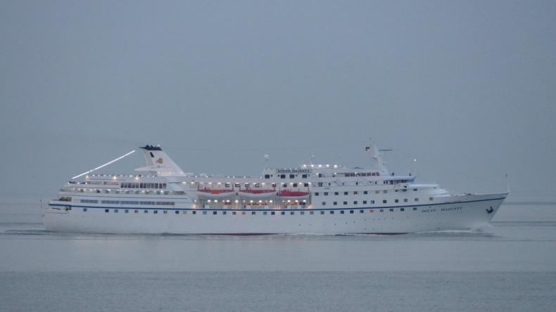 Wycieczkowiec M/V Ocean Majesty odwiedził Gdańsk - GospodarkaMorska.pl