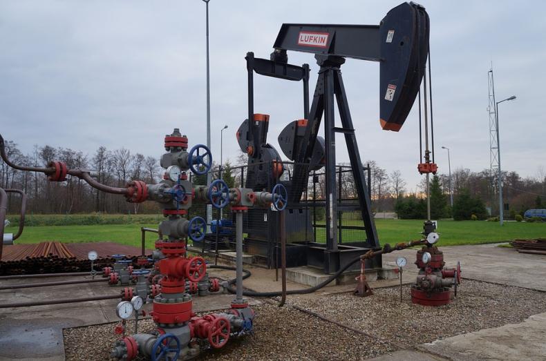 Cena ropy w USA zbliża się do 51 USD/b, już zyskała ponad 6 proc. - GospodarkaMorska.pl