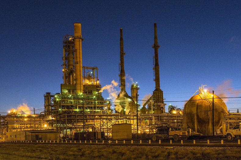 OPEC prawdopodobnie przedłuży porozumienie o ograniczeniu produkcji - GospodarkaMorska.pl