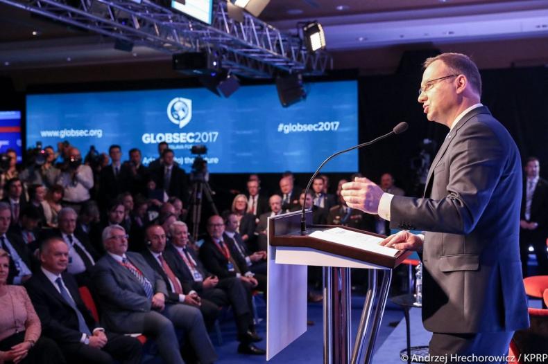 Prezydent: Inicjatywa Trójmorza jednym z priorytetów mojej prezydentury - GospodarkaMorska.pl