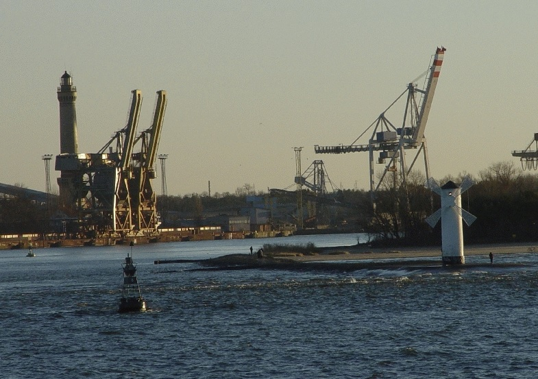 Nord Stream blokuje rozwój portu w Świnoujściu. Niemiecki sąd ponownie rozpatrzy polską skargę - GospodarkaMorska.pl