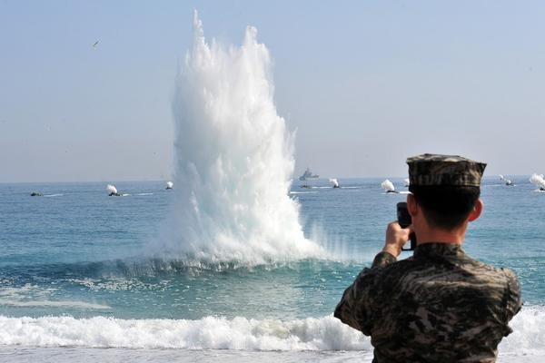 Korea Płn. przeprowadziła próbę z rakietami przeciwokrętowymi - GospodarkaMorska.pl