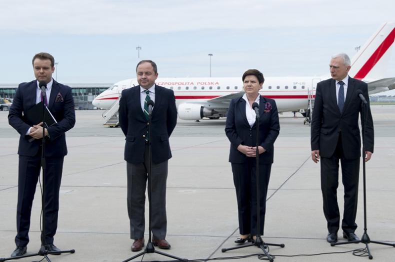 Rozpoczęła się wizyta premier Beaty Szydło w Danii - GospodarkaMorska.pl