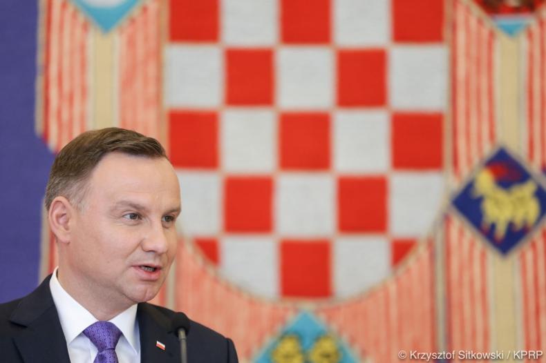 Duda: chcemy, by do idei Trójmorza Polska dokładała budowanie bezpieczeństwa energetycznego - GospodarkaMorska.pl
