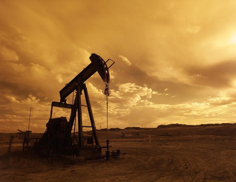 Zapasy ropy w USA spadły, ale produkcja wzrosła - GospodarkaMorska.pl