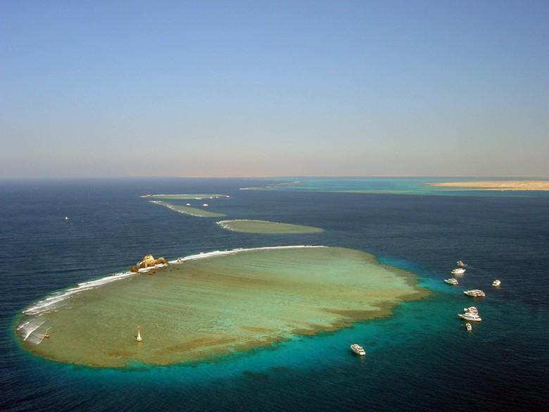 Egipt: Prezydent ratyfikował umowę o przekazaniu dwóch wysp Rijadowi - GospodarkaMorska.pl
