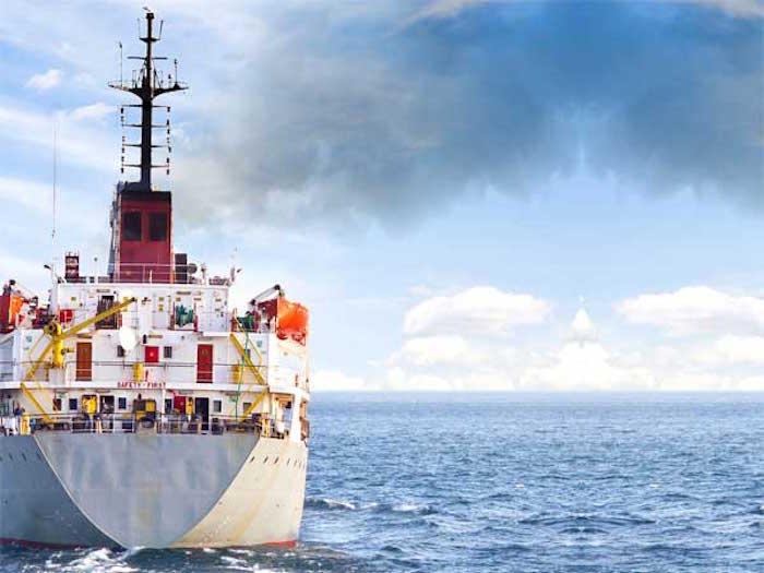 Światowa żegluga jednoczy się, by zmniejszyć emisję CO2 - GospodarkaMorska.pl