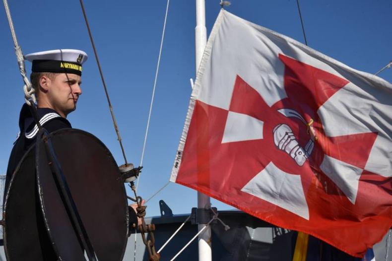 Na finał Dni Morza Święto Marynarki Wojennej (foto) - GospodarkaMorska.pl