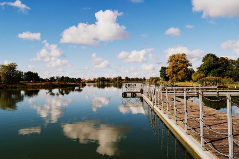 Suwałki: Po roku będzie można znów pływać w zalewie Arkadia - GospodarkaMorska.pl