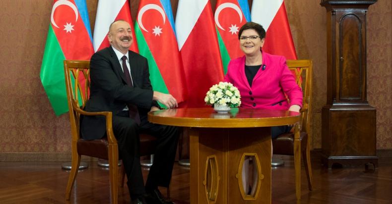 Premier Beata Szydło spotkała się z prezydentem Azerbejdżanu - GospodarkaMorska.pl