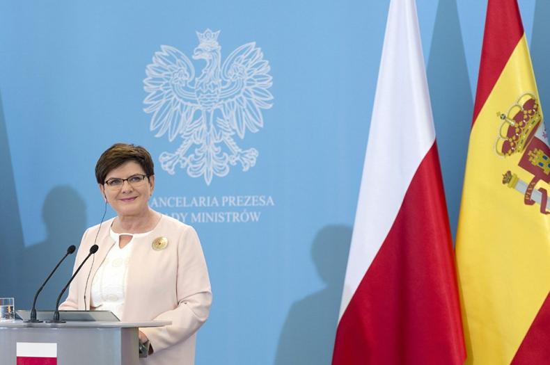 We wtorek premier Szydło w Budapeszcie na szczycie V4 z prezydentem Egiptu - GospodarkaMorska.pl
