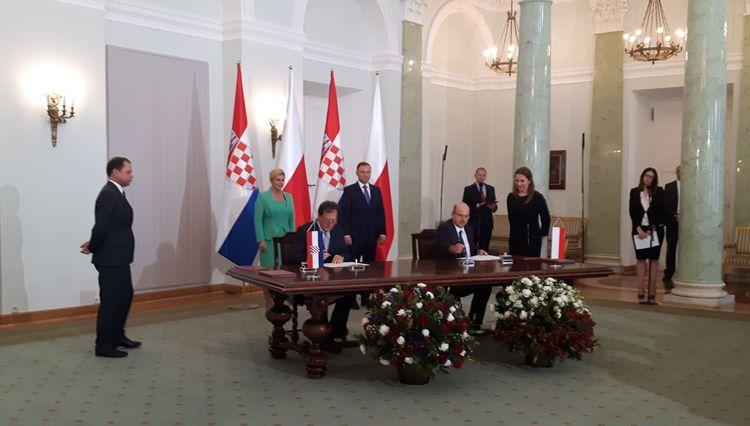 Porty Szczecin-Świnoujście podpisały umowę z chorwacką Rijeką - GospodarkaMorska.pl