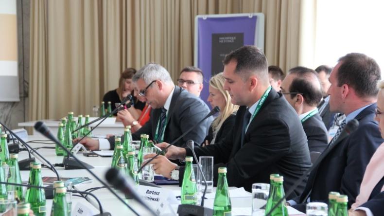 MIB: projekty infrastrukturalne trzonem inicjatywy Trójmorza - GospodarkaMorska.pl