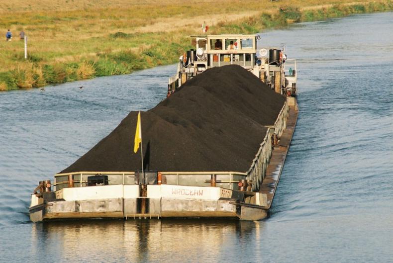 Gliwicki port przygotowuje pierwszy od pięciu lat załadunek barek węglem - GospodarkaMorska.pl