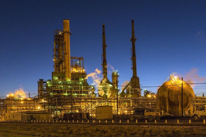 Rośnie produkcja ropy. Porozumienie OPEC nie daje efektów - GospodarkaMorska.pl