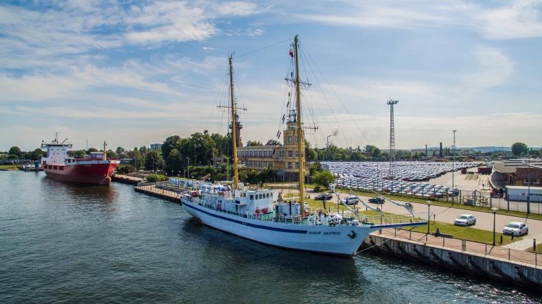 Rosyjski żaglowiec szkolny zawinął do Gdańska. Byliśmy na pokładzie (foto, wideo) - GospodarkaMorska.pl