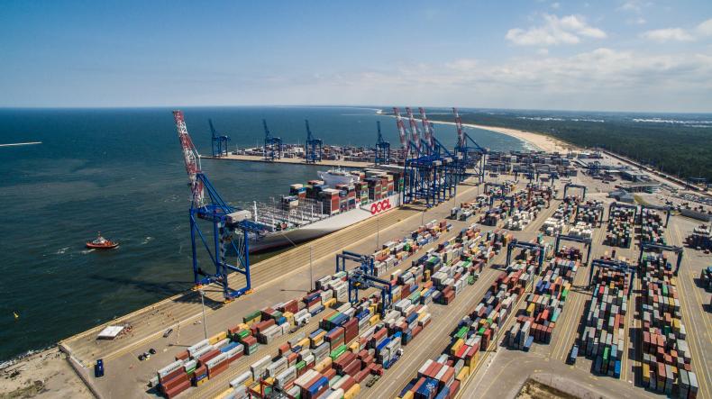Port Gdańsk coraz bardziej konkuruje z największymi europejskimi portami (foto, wideo) - GospodarkaMorska.pl
