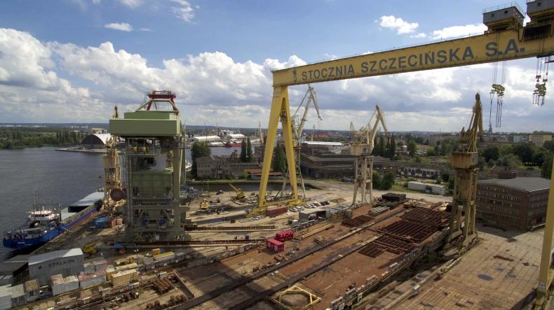 W Szczecinie rozpoczynają się przygotowania do transportu gigantycznej suwnicy. Mierzy tyle, co 18-piętrowy wieżowiec - GospodarkaMorska.pl