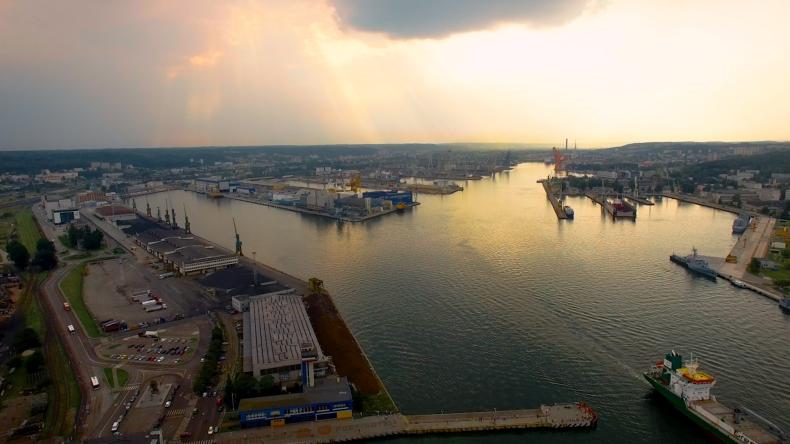 Port Gdynia: Rozpoczęcie budowy obrotnicy nawet w ciągu miesiąca (wideo) - GospodarkaMorska.pl
