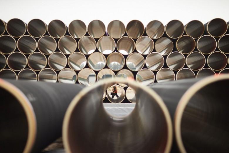 Niemcy: USA pod pozorem sankcji wspierają swoje koncerny energetyczne - GospodarkaMorska.pl