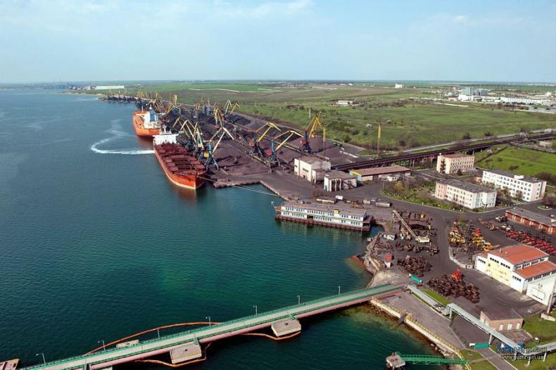Ukraina: Pierwszy transport węgla z USA oczekiwany we wrześniu - GospodarkaMorska.pl