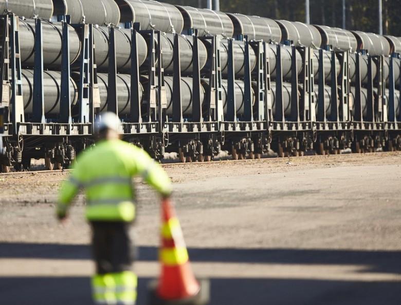 Juncker: Jeżeli będzie to konieczne, odpowiemy na sankcje USA wobec Rosji - GospodarkaMorska.pl