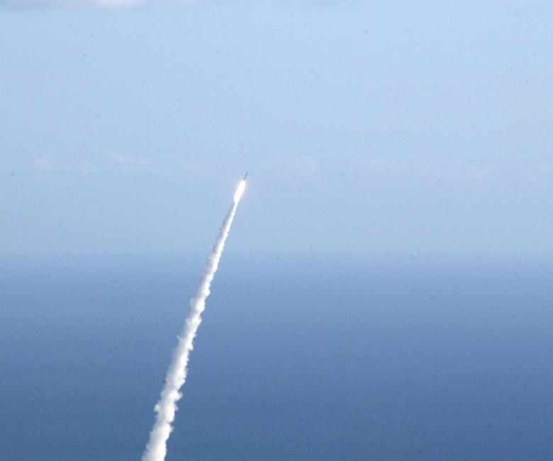 Media: Pocisk KRLD minął się nad Morzem Japońskim z samolotem Air France - GospodarkaMorska.pl