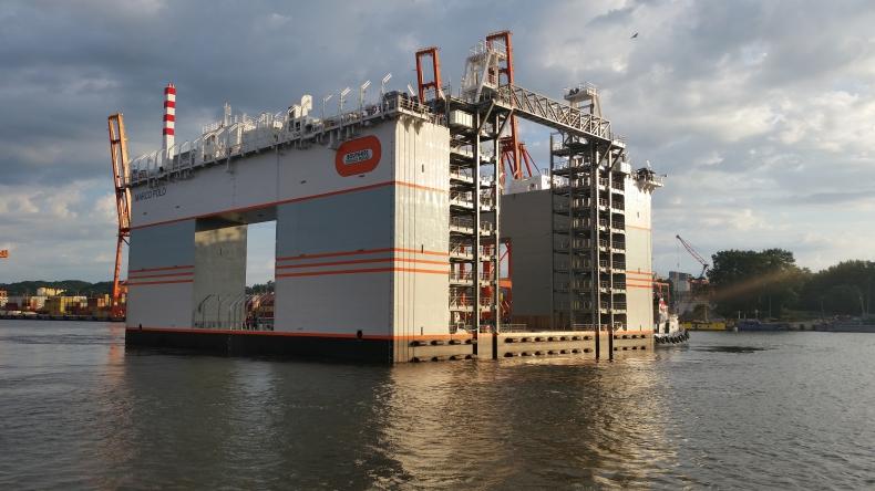 Najnowocześniejszy na świecie w pełni automatyczny system balastowania doku pływającego powstał w gdyńskiej stoczni - GospodarkaMorska.pl