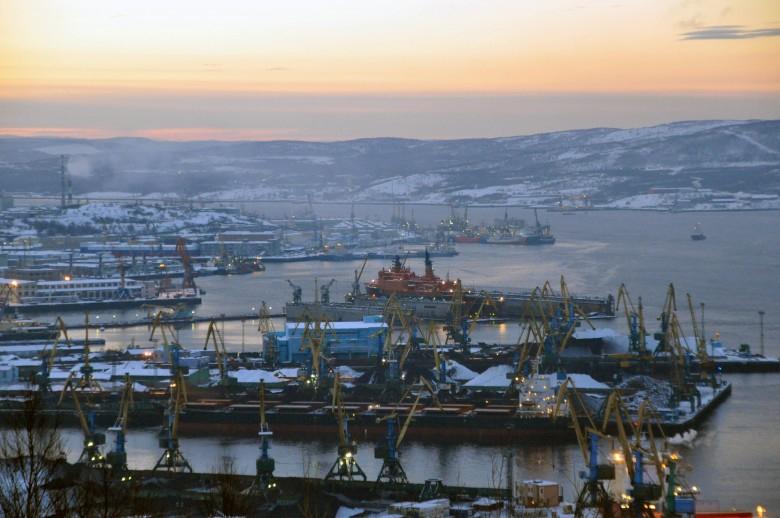 Putin chce, by białoruskie rafinerie używały rosyjskich portów - GospodarkaMorska.pl