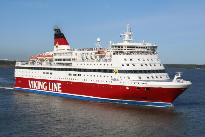 Wysoka frekwencja nie przełożyła się na zadowalający wynik finansowy. Viking Line prezentuje dane za I półrocze - GospodarkaMorska.pl