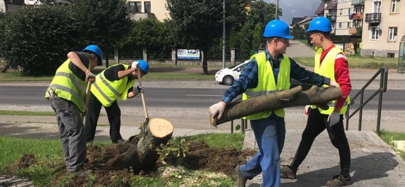 P.U.P. REZERWA i Port Gdańsk wspierają miejscowości dotknięte nawałnicami w Pomorskiem - GospodarkaMorska.pl