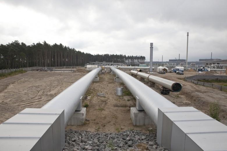 Morawiecki: Dbamy o suwerenność w zakresie paliwowym i robimy to bardzo skutecznie - GospodarkaMorska.pl