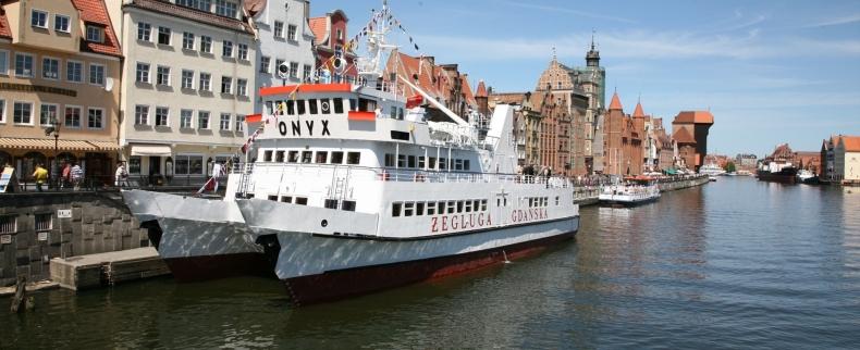 Na statkach żeglugi śródlądowej coraz więcej turystów - GospodarkaMorska.pl