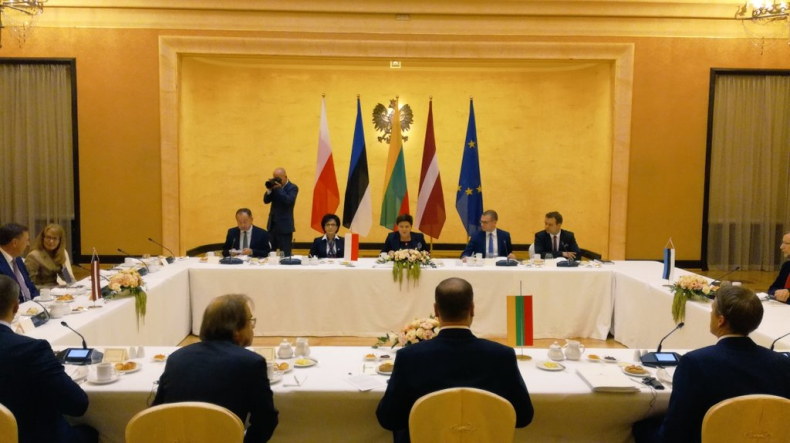Szydło: Trzeba zacieśniać współpracę w UE, NATO i regionie dot. cyberbezpieczeństwa - GospodarkaMorska.pl