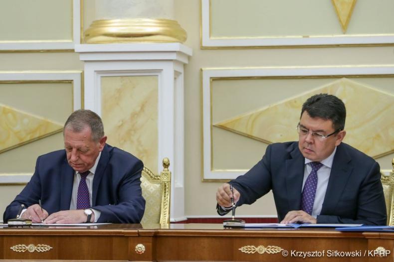 Przedsiębiorcy z Polski i Kazachstanu podpisali 10 umów gospodarczych - GospodarkaMorska.pl