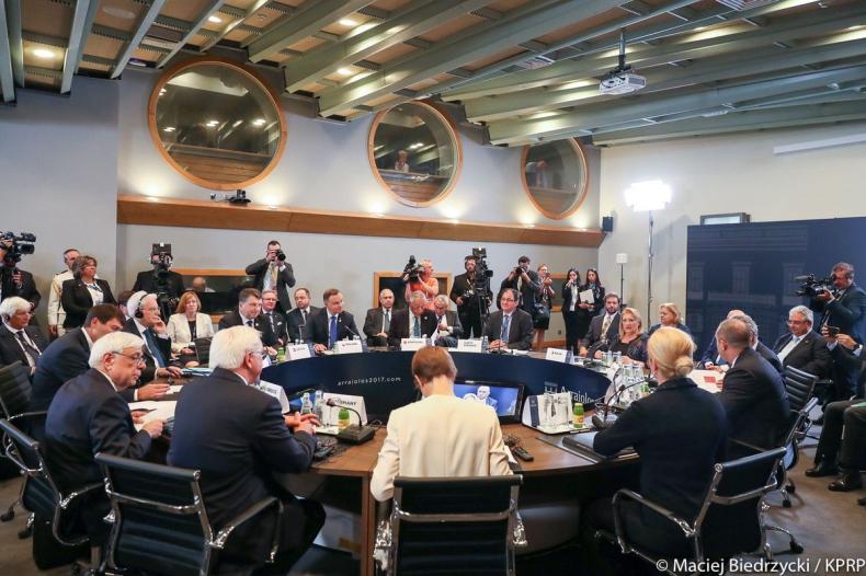 Malta: Prezydenci na spotkaniu Grupy Arraiolos rozmawiają o bezpieczeństwie - GospodarkaMorska.pl