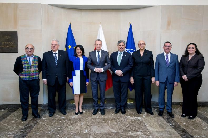 Spotkanie z szefami misji dyplomatycznych państw Ameryki Środkowej i Wysp Karaibskich - GospodarkaMorska.pl