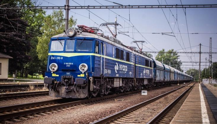Wzrosła liczba przewozów w PKP Cargo, rośnie też zysk. Problemem okazuje się jednak brak rąk do pracy - GospodarkaMorska.pl