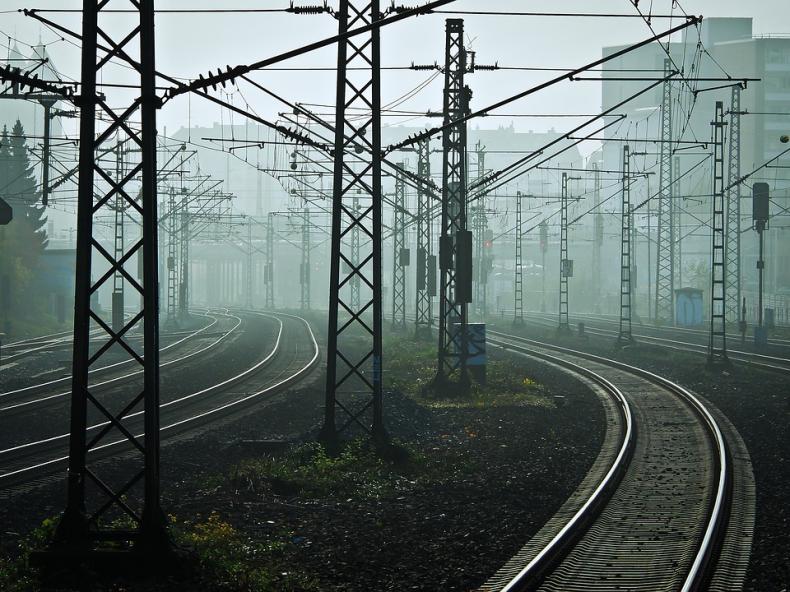 Elektryfikacja i budowa dwutorowej linii kolejowej Bydgoszcz-Gdynia. Poprawi się dostęp do portu - GospodarkaMorska.pl