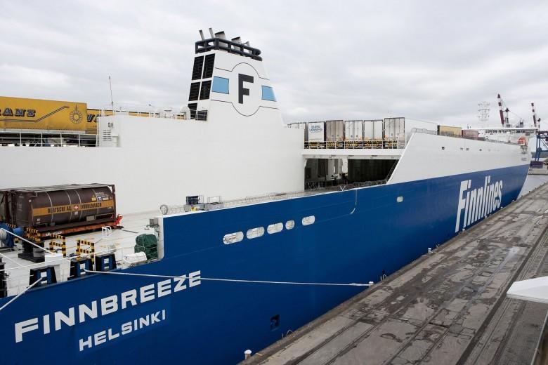 Rozpoczyna się wydłużanie statków operatora Finnlines w stoczni Remontowa - GospodarkaMorska.pl