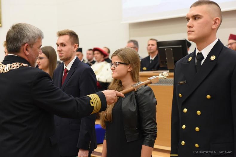 Rok akademicki 2017/2018 w AMW rozpoczęty - GospodarkaMorska.pl