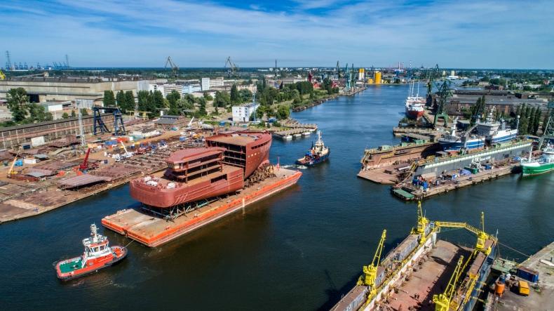 Norwegowie budują kolejny arktyczny wycieczkowiec. Bloki dostarczyła stocznia z Gdańska (foto, wideo) - GospodarkaMorska.pl
