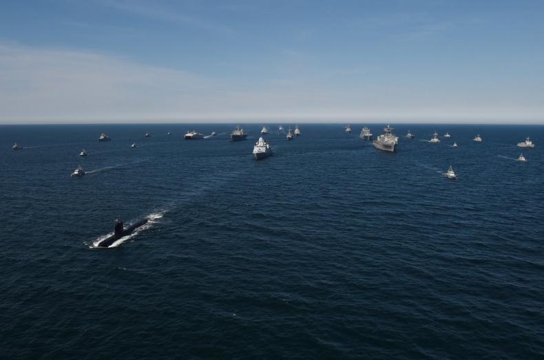 Kapitan okrętu dowodzenia: moją amunicją jest informacja - GospodarkaMorska.pl