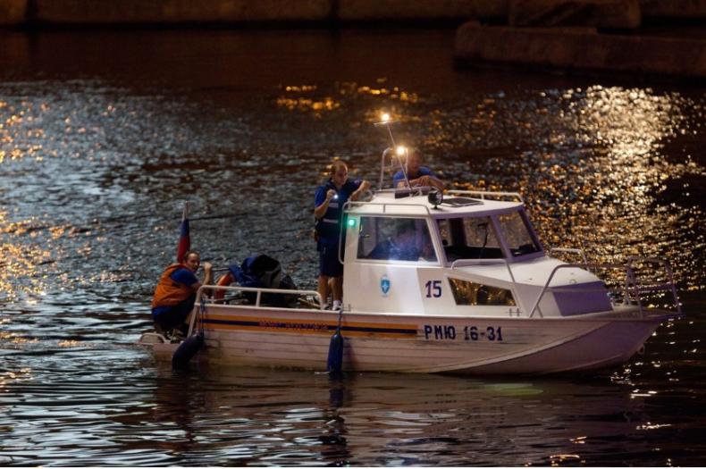 Rosja: Wypadek katamaranu na Wołdze - 11 osób zginęło; kapitan był pijany - GospodarkaMorska.pl