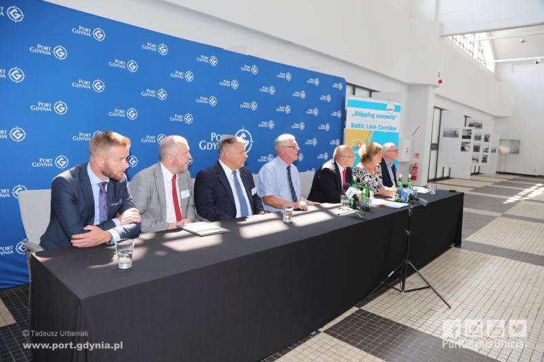Konferencja: autostrada morska Gdynia-Karlskrona - GospodarkaMorska.pl