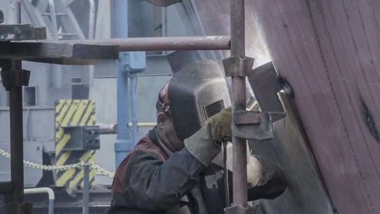 W przemyśle niewielkie spowolnienie, budownictwo utrzymuje wysokie tempo - GospodarkaMorska.pl