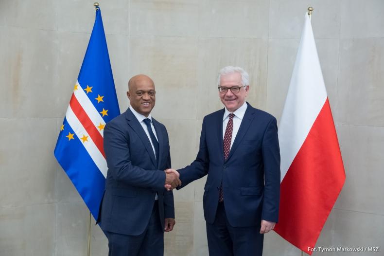 Wizyta ministra spraw zagranicznych Zielonego Przylądka w Warszawie - GospodarkaMorska.pl