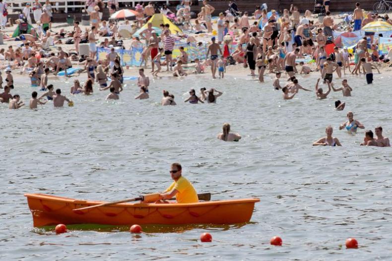 Od piątku kąpiel na gdańskich plażach pod okiem ratowników - GospodarkaMorska.pl