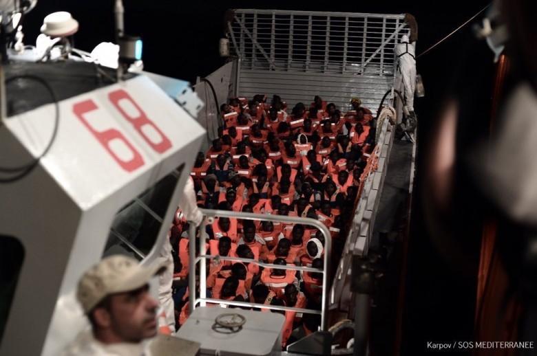 Hiszpania: Nasila się wewnętrzny konflikt w sprawie migrantów - GospodarkaMorska.pl