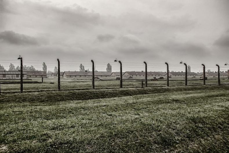 Zwiększy się bezpieczeństwo powodziowe w rejonie Muzeum Auschwitz. Ogłoszono przetargi - GospodarkaMorska.pl